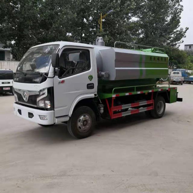 新疆东风4+2清洗吸污车